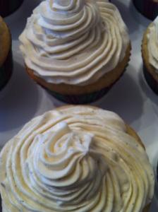 Vanilla cupcakes with vanilla bean buttercream