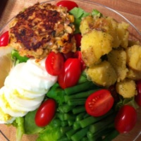 Salmon Cake Salad Nicoise